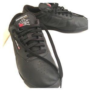Reebok Classic Sneakers Size 9 1/2
